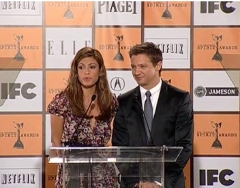 Eva Mendes and Jeremy Renner
